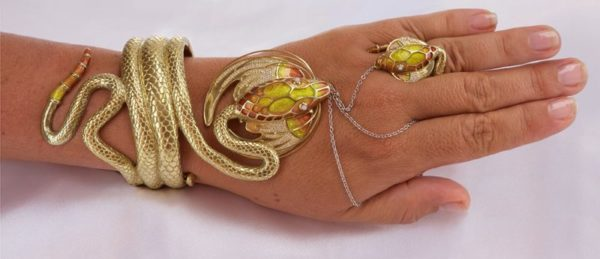 The Dragon Jewelry | Gold Enamel Jewelry | Commissioned Jewelry