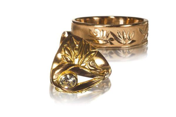 Bird of Paradise   Wedding Rings   Gold Wedding Rings