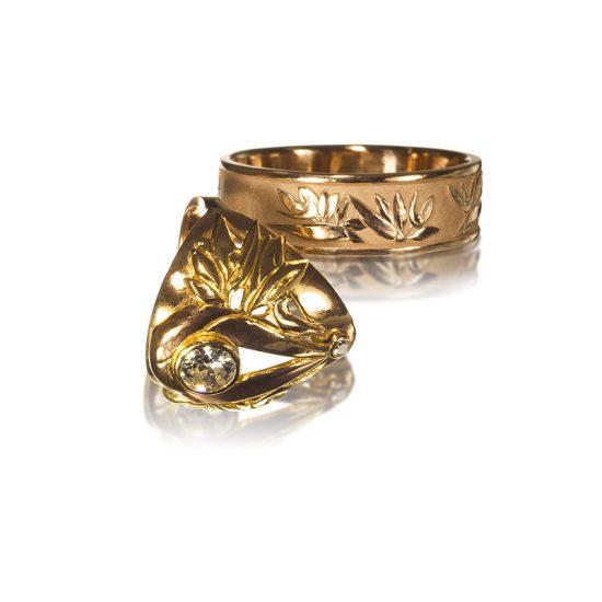 Bird of paradise | wedding rings | Cloisonne jewelry